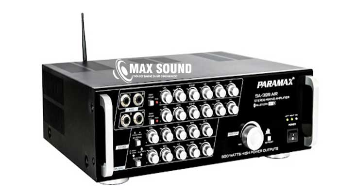 Amply Paramax 999 có kích thước gọn nhẹ