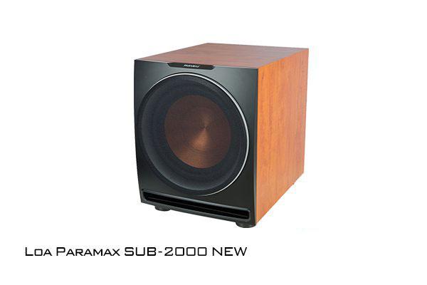 Loa sub Paramax 2000 được trang bị amply riêng có công suất khủng