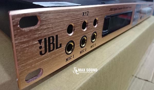 Vang số X12là dòng mixer digital chống hú rít tốt